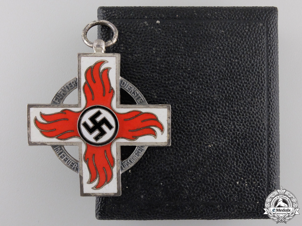 eMedals-A German Fire Brigade Cross; Second Class with Case