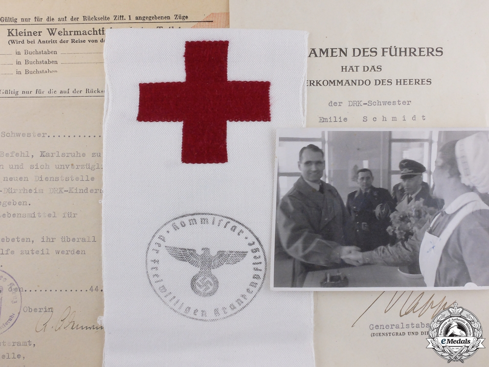 eMedals-A German Nursing Sister Award Document & Photo Group