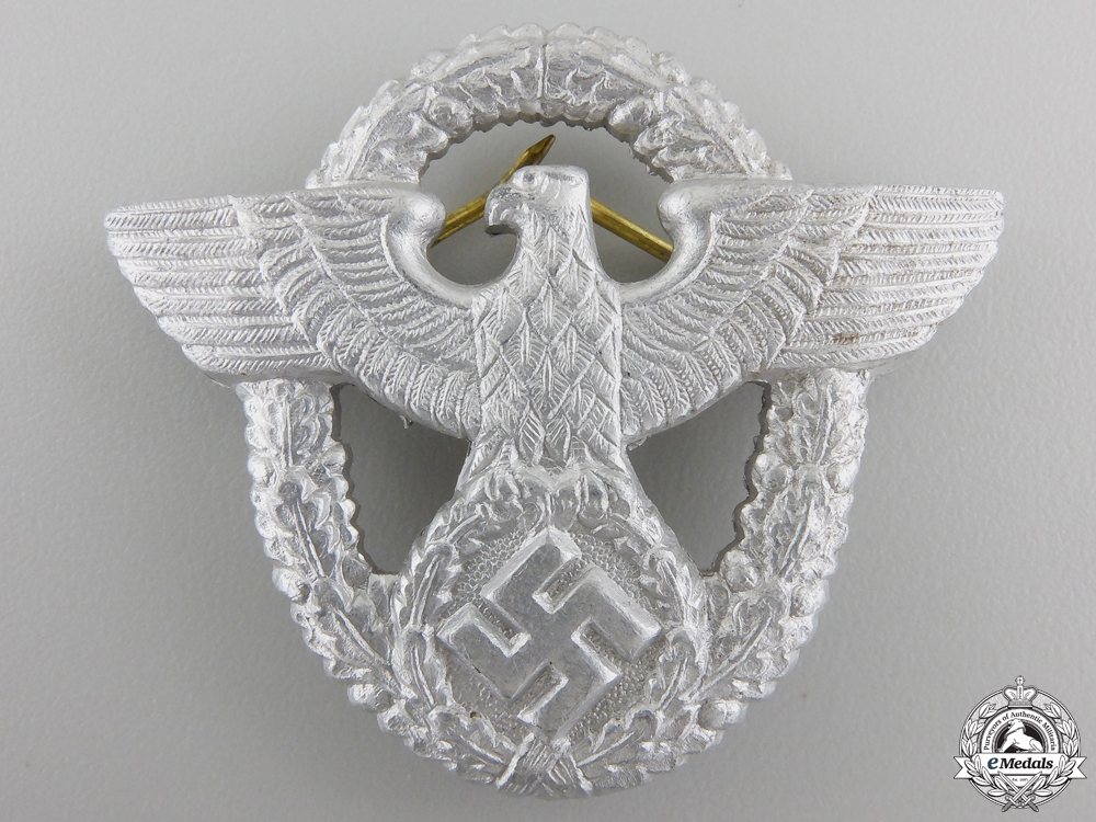 eMedals-A German Police Cap Badge by OGL