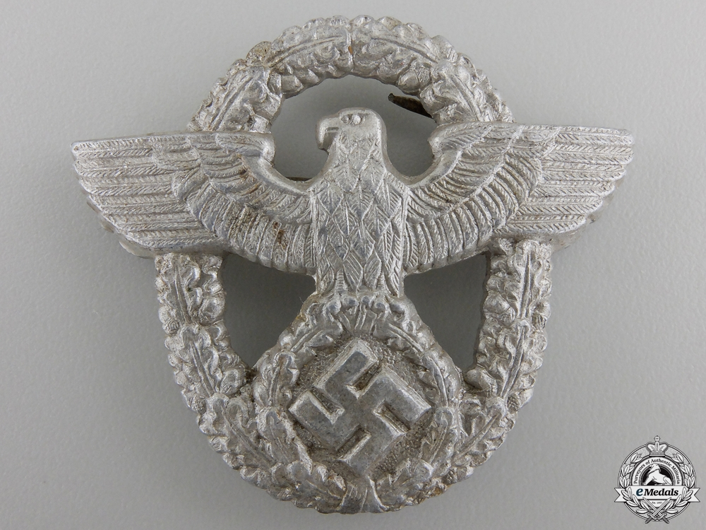 eMedals-A German Police Cap Badge by LWH