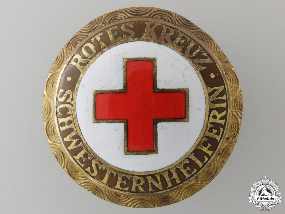eMedals-A German Red Cross Schwesternheferin Badge