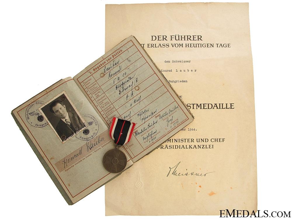 eMedals-A German Wehrpass, Award Document & Medal