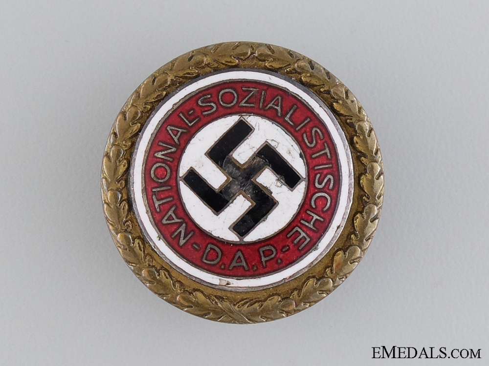 eMedals-A Golden NSDAP Party Badge; Large Version
