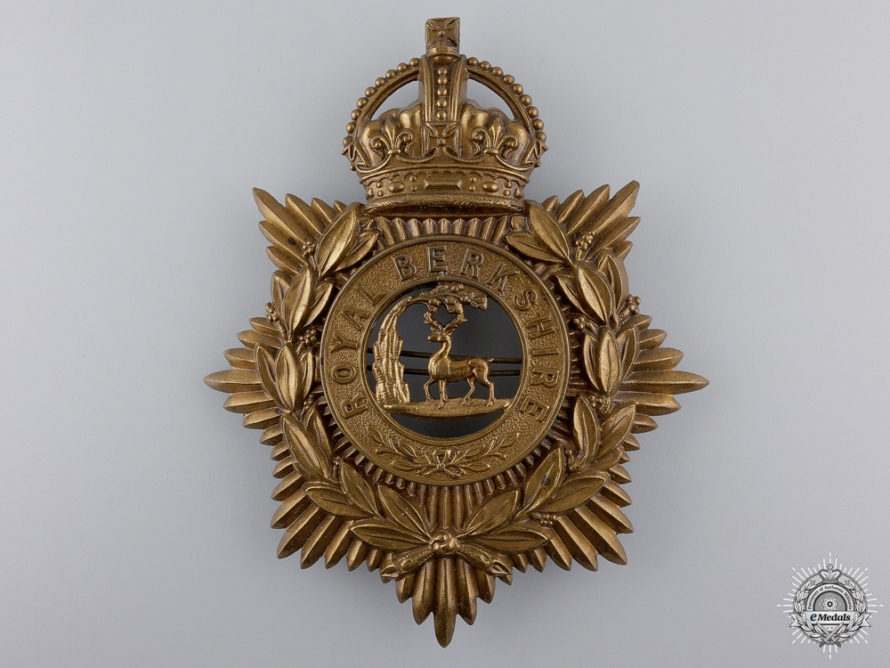eMedals-A King's Crowned Royal Berkshire Regiment Helmet Plate