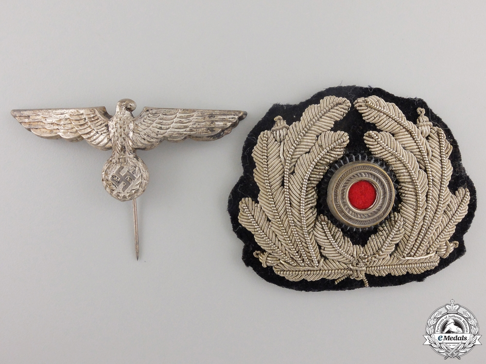 eMedals-A Kriegsmarine Administration Officer's Cap Insignia