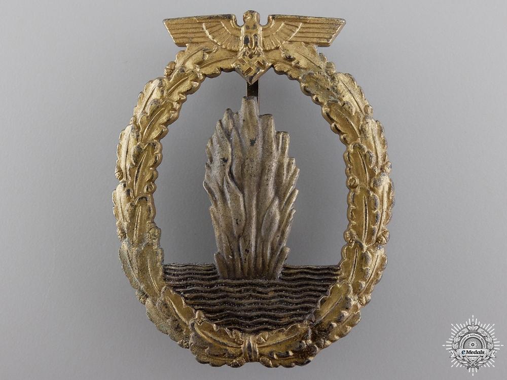 eMedals-A Kriegsmarine Minesweeper War Badge