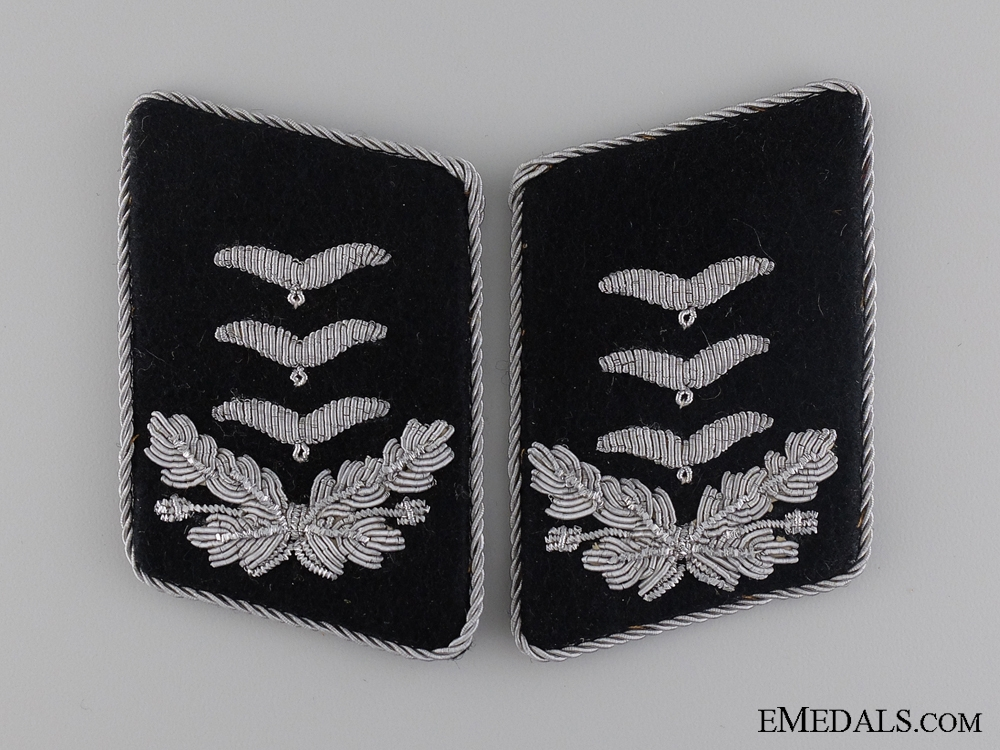eMedals-A Luftwaffe Engineer Corps Captain Collar Tab Pair