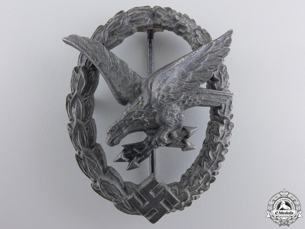 eMedals-A Luftwaffe Radio Operator & Air Gunner Badge By W. Deumer