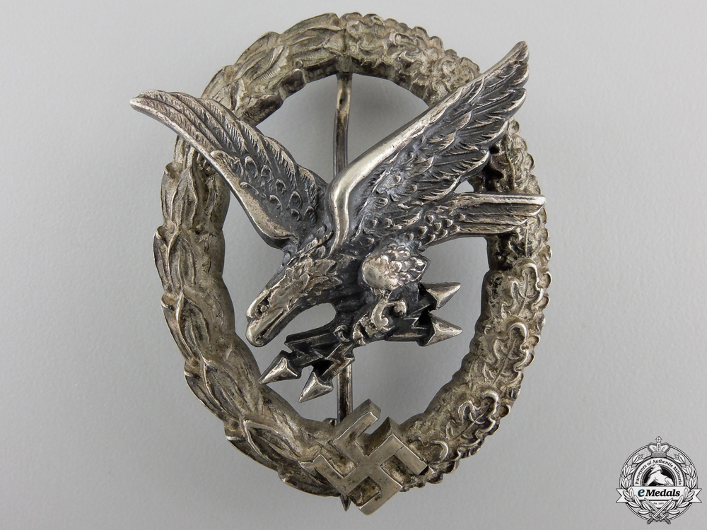 eMedals-A Luftwaffe Radio Operator & Air Gunner Badge by Juncker