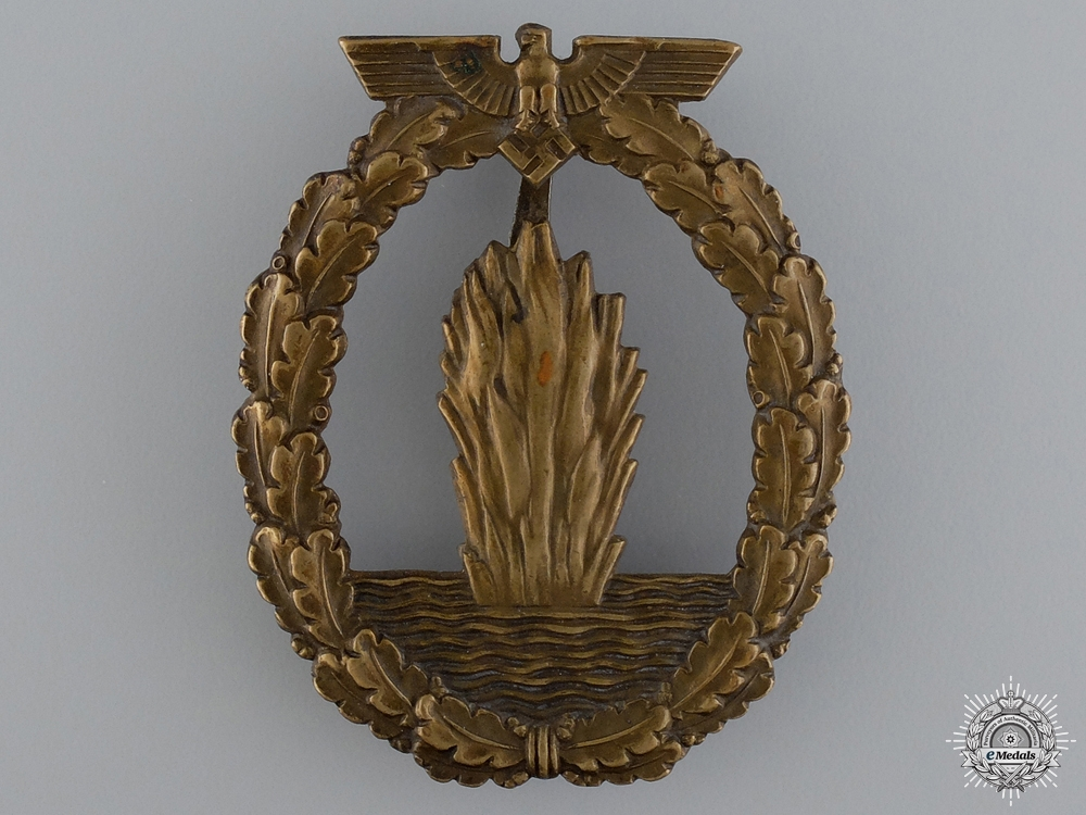 eMedals-A Minesweeper War Badge; Typical Junker