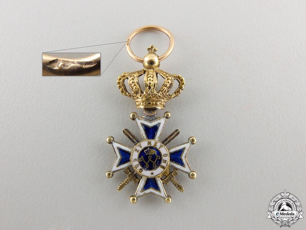 eMedals-A Miniature Dutch Order of Orange-Nassau in Gold
