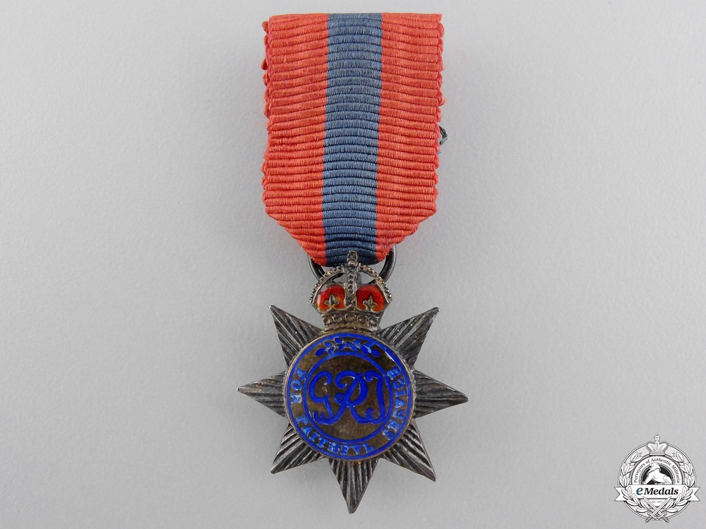 eMedals-United Kingdom. A Miniature Imperial Service Order