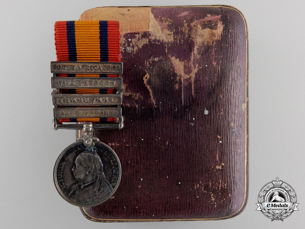 eMedals-A Miniature Queen's South Africa Medal with Case