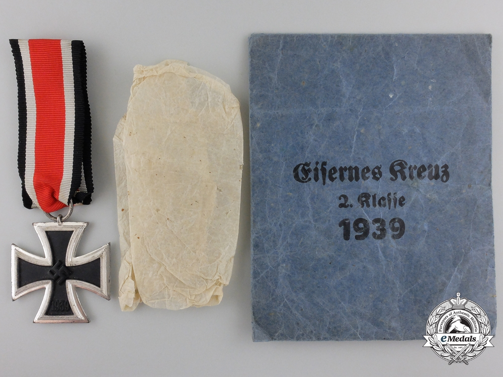 eMedals-A Mint Iron Cross Second Class 1939 with Packet of Issue