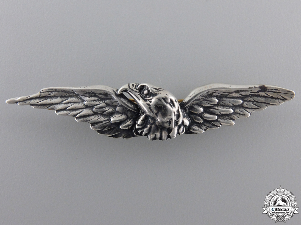 eMedals-A New Zealand 8th Southland Regiment Eagle Wings Badge