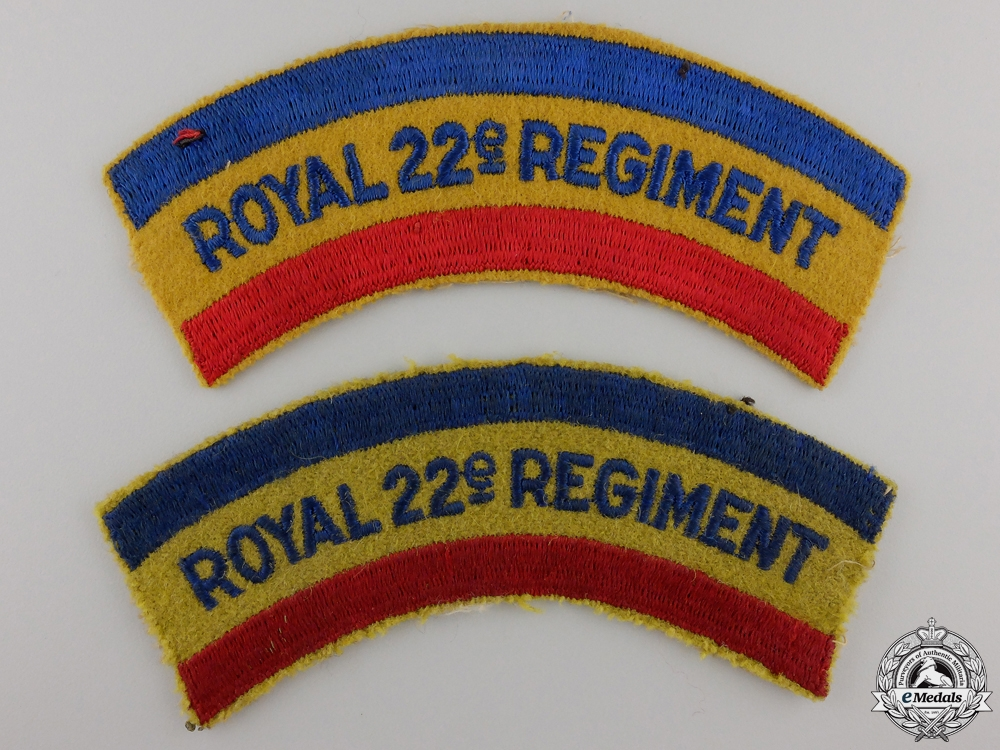 eMedals-A Pair of Second War Royal 22nd Regiment Shoulder Flashes