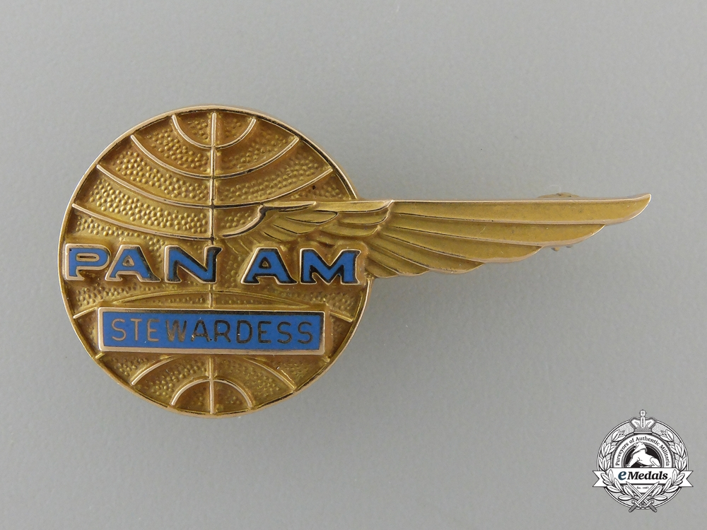 eMedals-A Pan American Airlines Stewardess Badge in Gold
