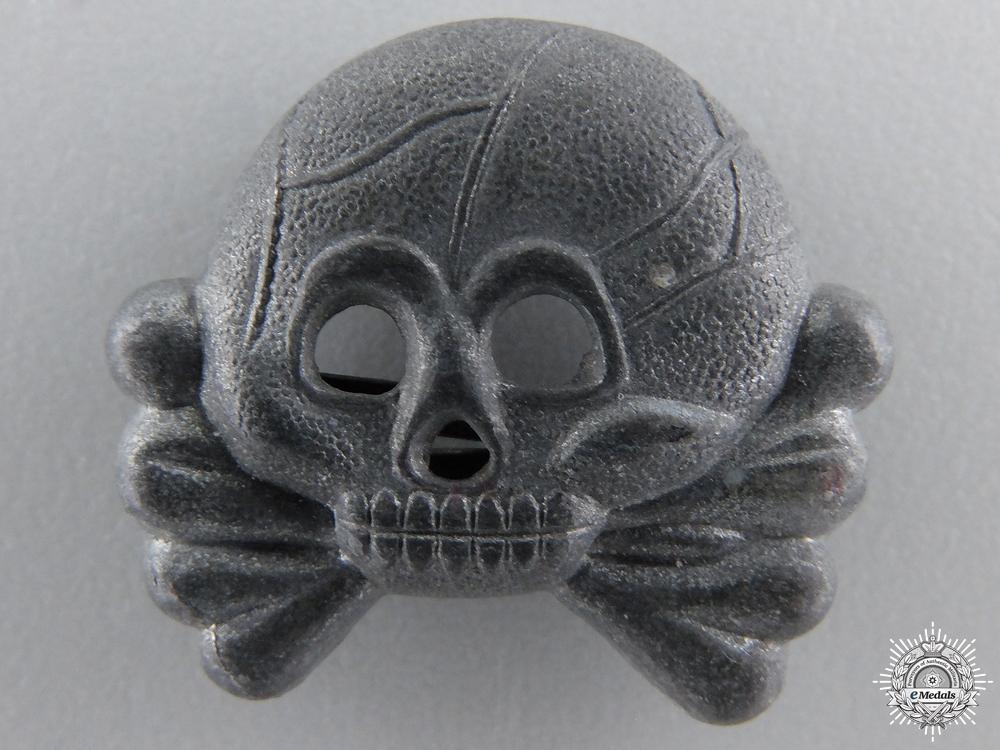 eMedals-A Panzer Collar Tab Skull