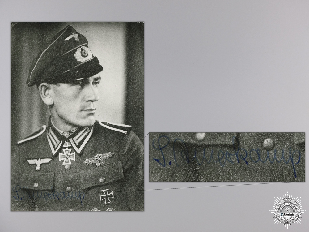 eMedals-A Post War Signed Photograph of Knight's Cross Recipient; Amerkamp