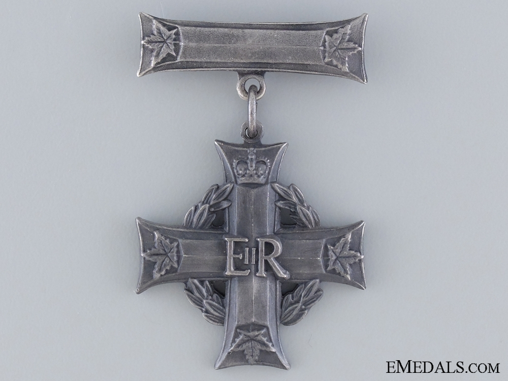 eMedals-A Queen Elizabeth II Canadian Memorial Cross