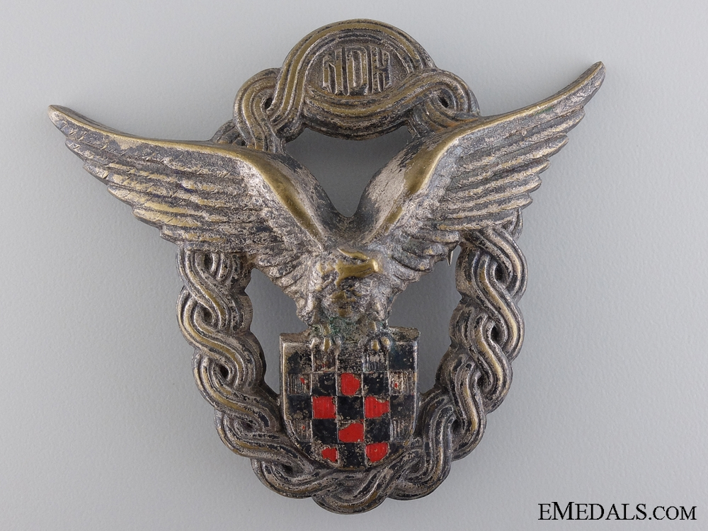 eMedals-A Rare Second War Croatian Pilot's Badge; First Model
