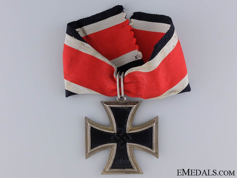 eMedals-A Rare Three Quarter Ring Knight's Cross of the Iron Cross 1939