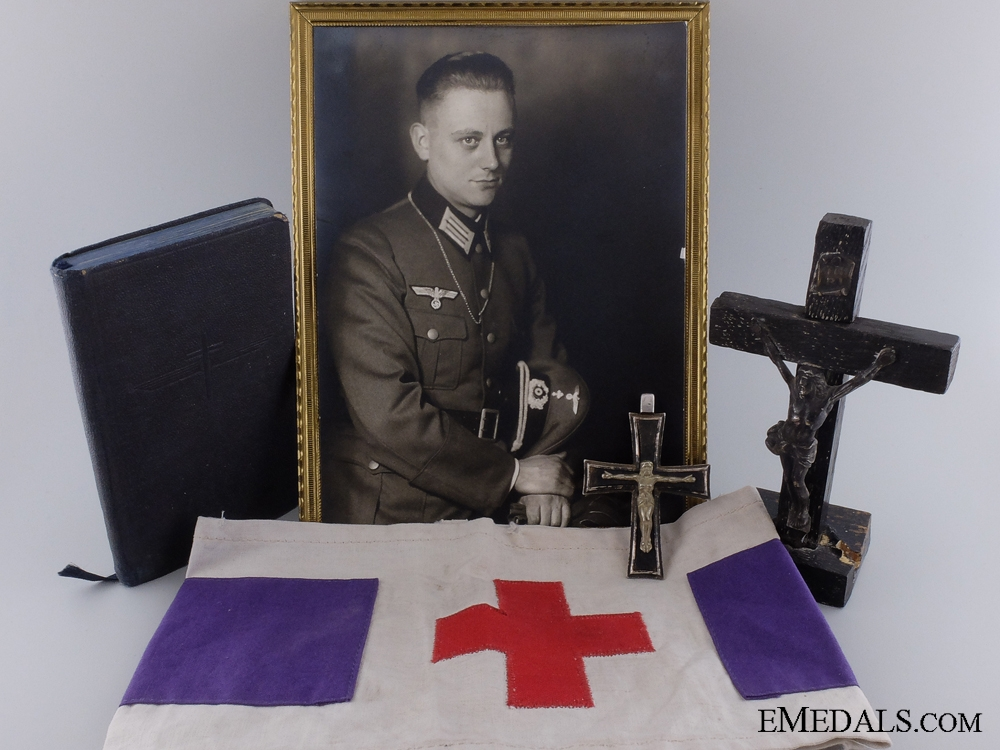eMedals-A Rare Wehrmacht Catholic Priests Grouping
