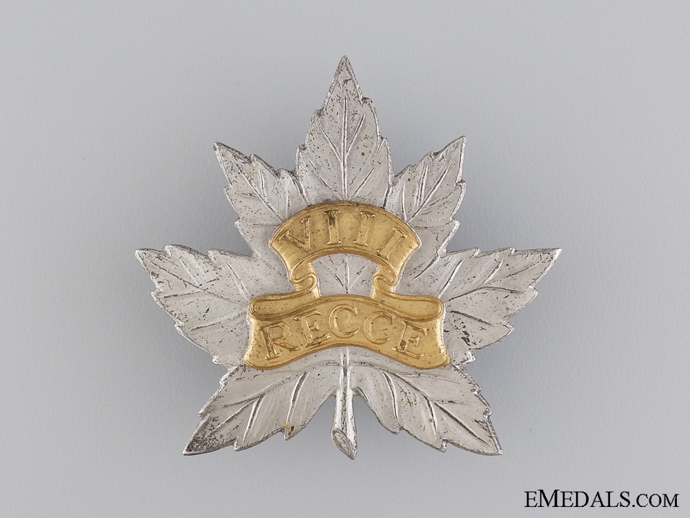 eMedals-A Scarce WWII 8th Reconnaissance Regiment Cap Badge