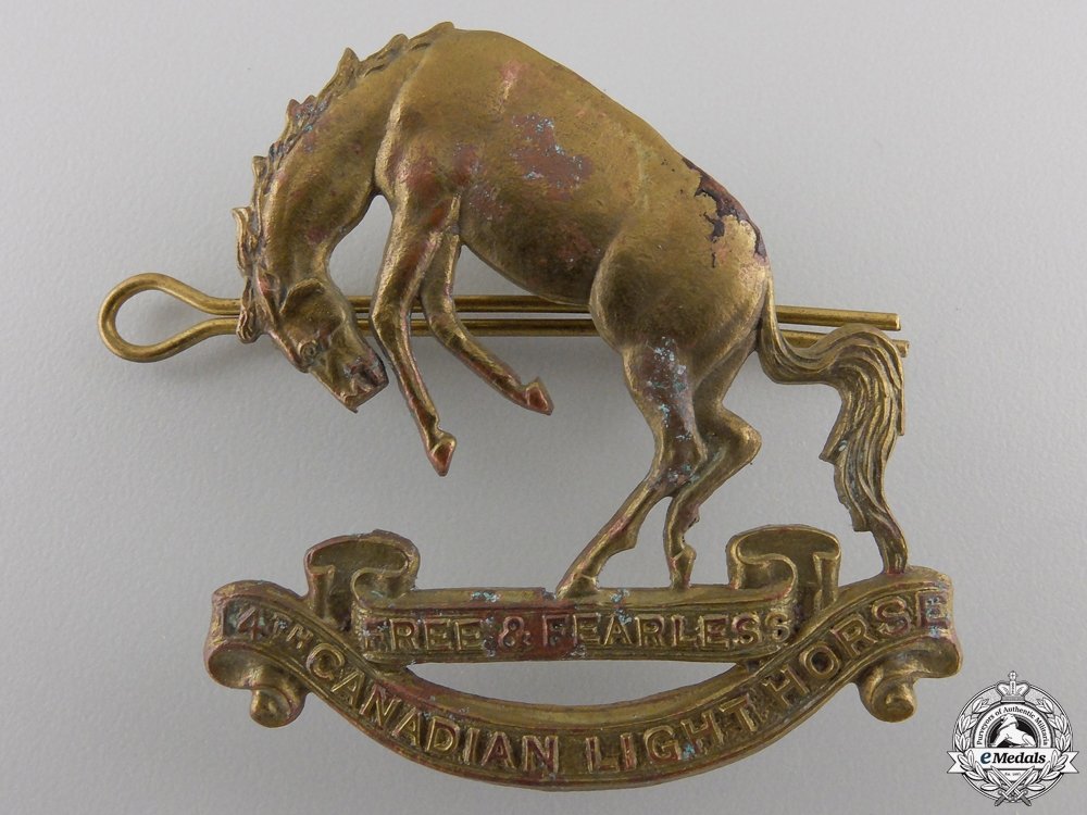 eMedals-A Second War 14th Canadian Hussars  Cap Badge