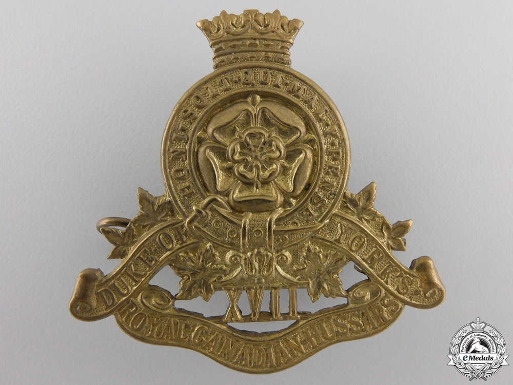eMedals-A Second War 17th Duke of York's Royal Canadian Hussars Cap Badge