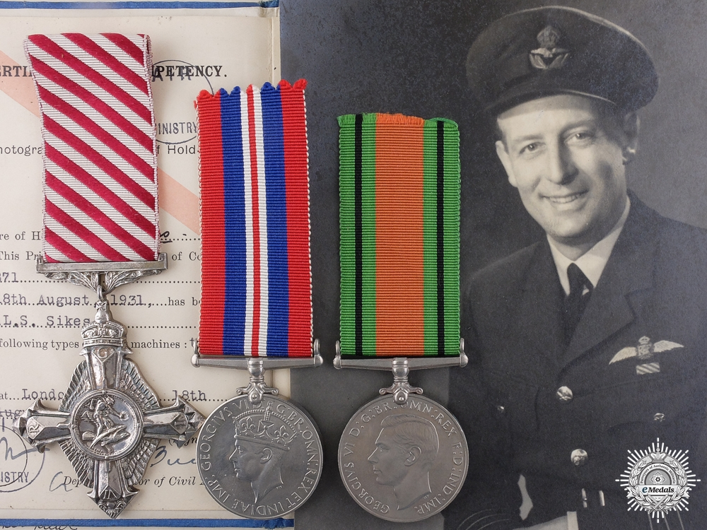 eMedals-A Second War Air Force Cross to Wing Commander Sikes