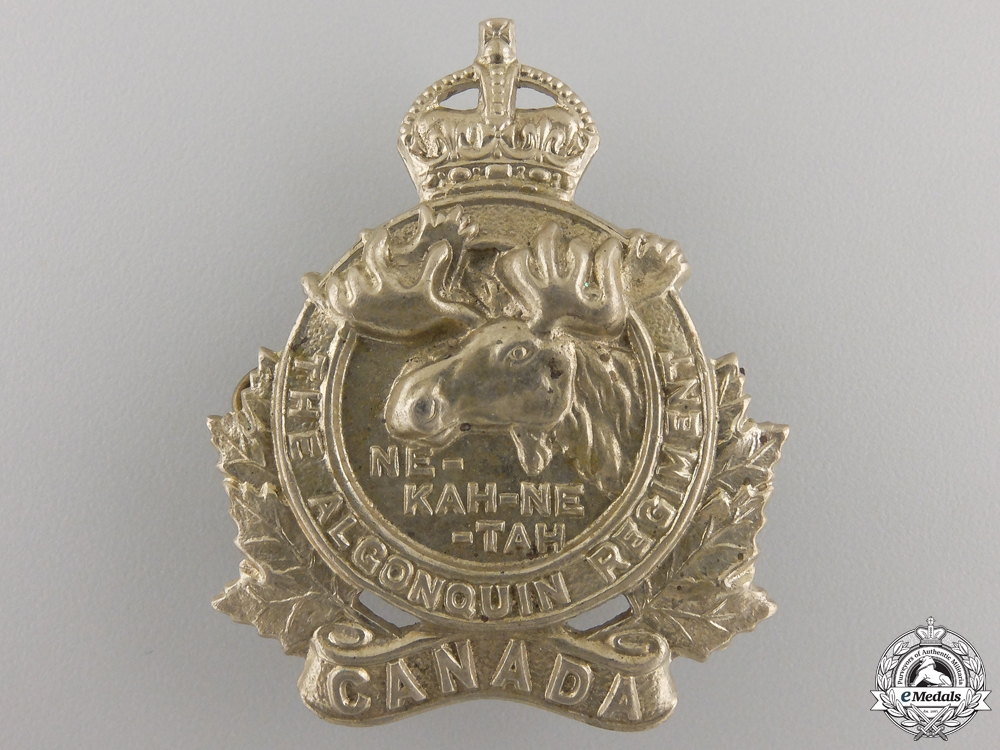 eMedals-A Second War Algonquin Regiment Cap Badge