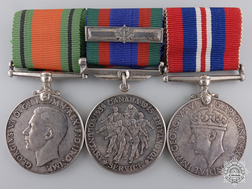 eMedals-A Second War Canadian Service Medal Bar