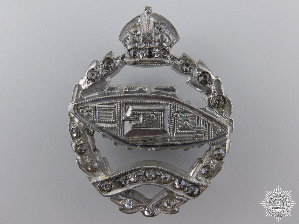 eMedals-A Second War Canadian Armoured Corps Sweetheart Pin