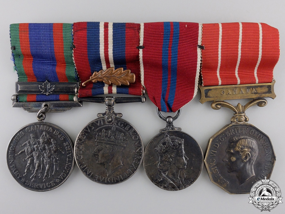 eMedals-A Second War Canadian MID Group to Flight Lieutenant RCAF