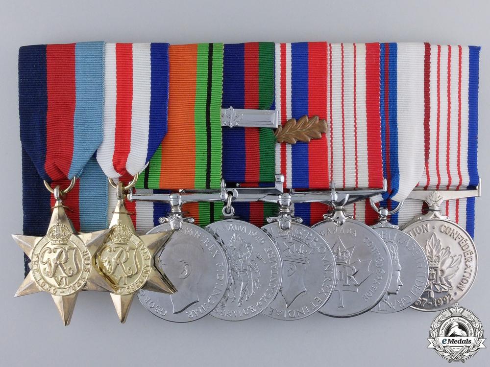 eMedals-A Second War Canadian Eight Piece Medal Bar