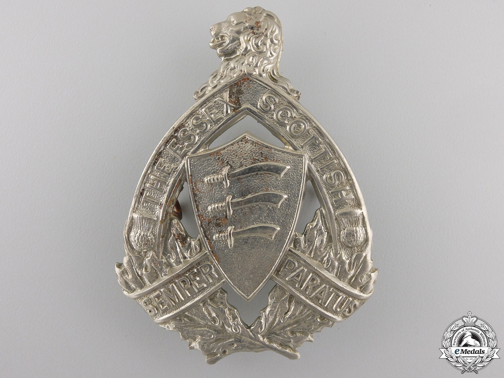 eMedals-A Second War Essex Scottish (Windsor, ON) Cap Badge