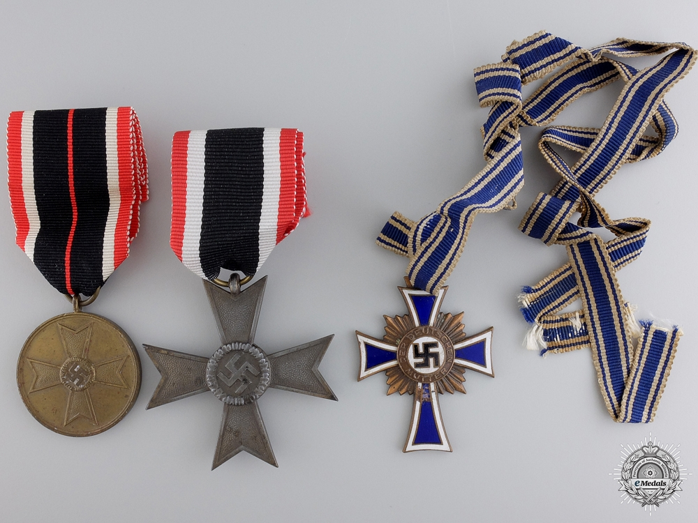 eMedals-A Second War German Group of Three Awards