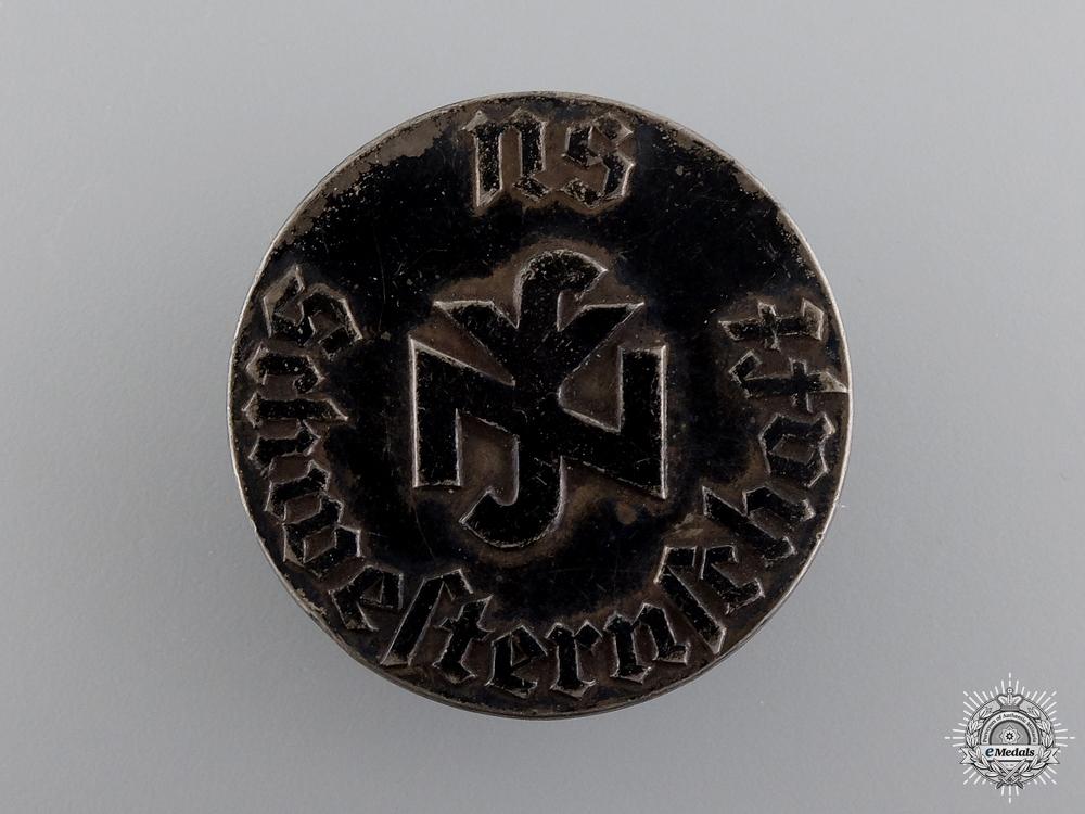 eMedals-A Second War German Nurse's Badge
