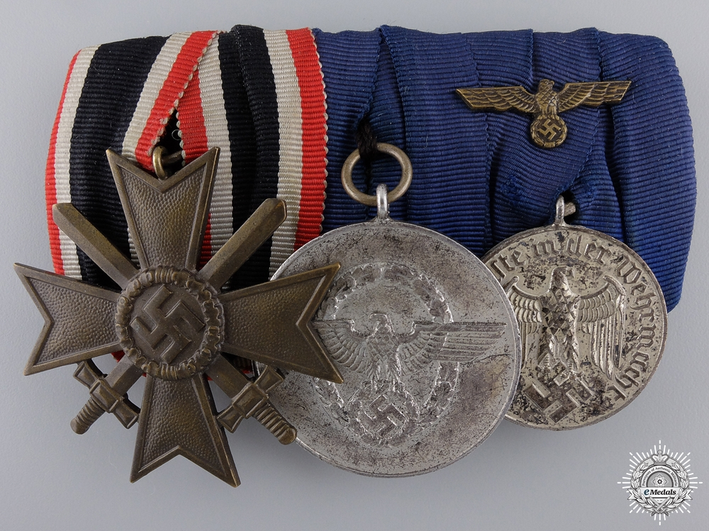 eMedals-A Second War German Police Service Medal Bar