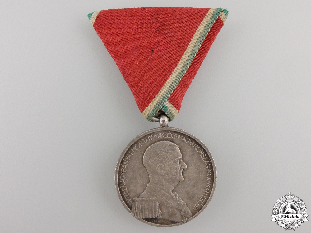 eMedals-A Second War Hungarian Bravery Medal; Silver Grade