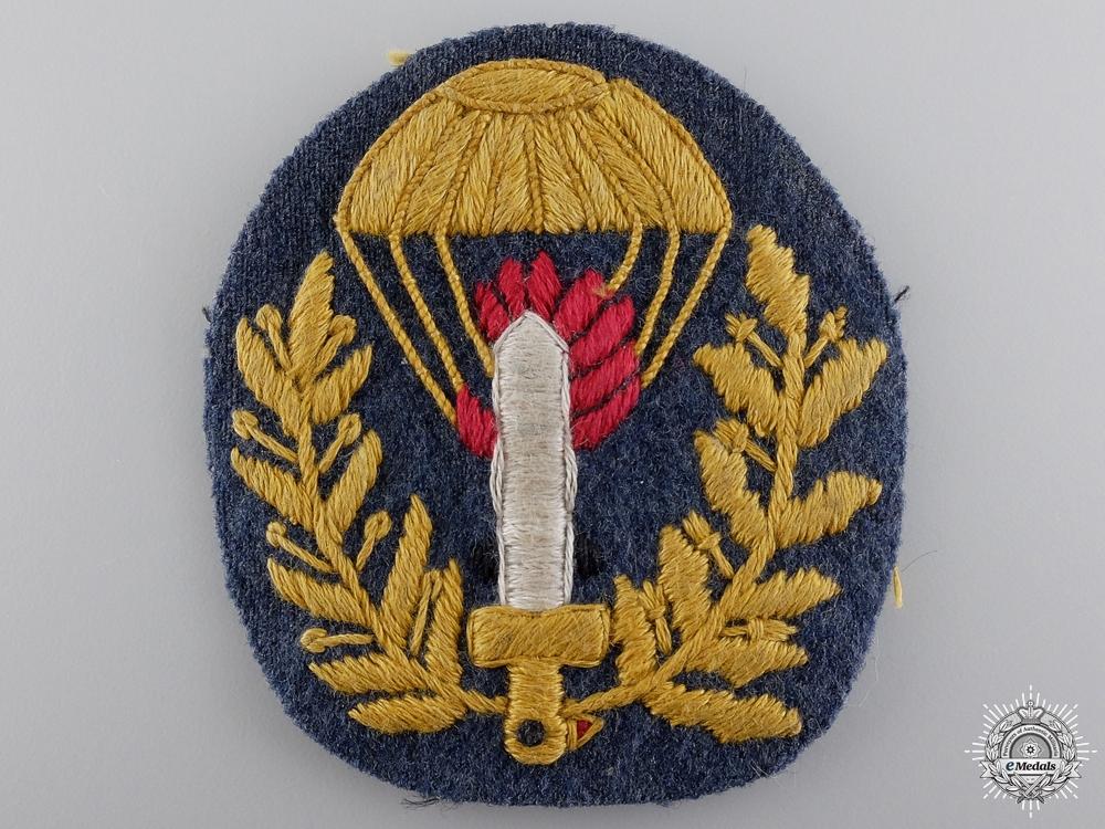 eMedals-A Second War Italian Paratrooper Badge