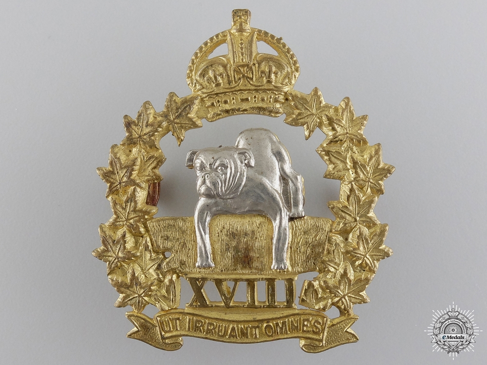 eMedals-A Second War Manitoba Mounted Rifles Officer Cap Badge