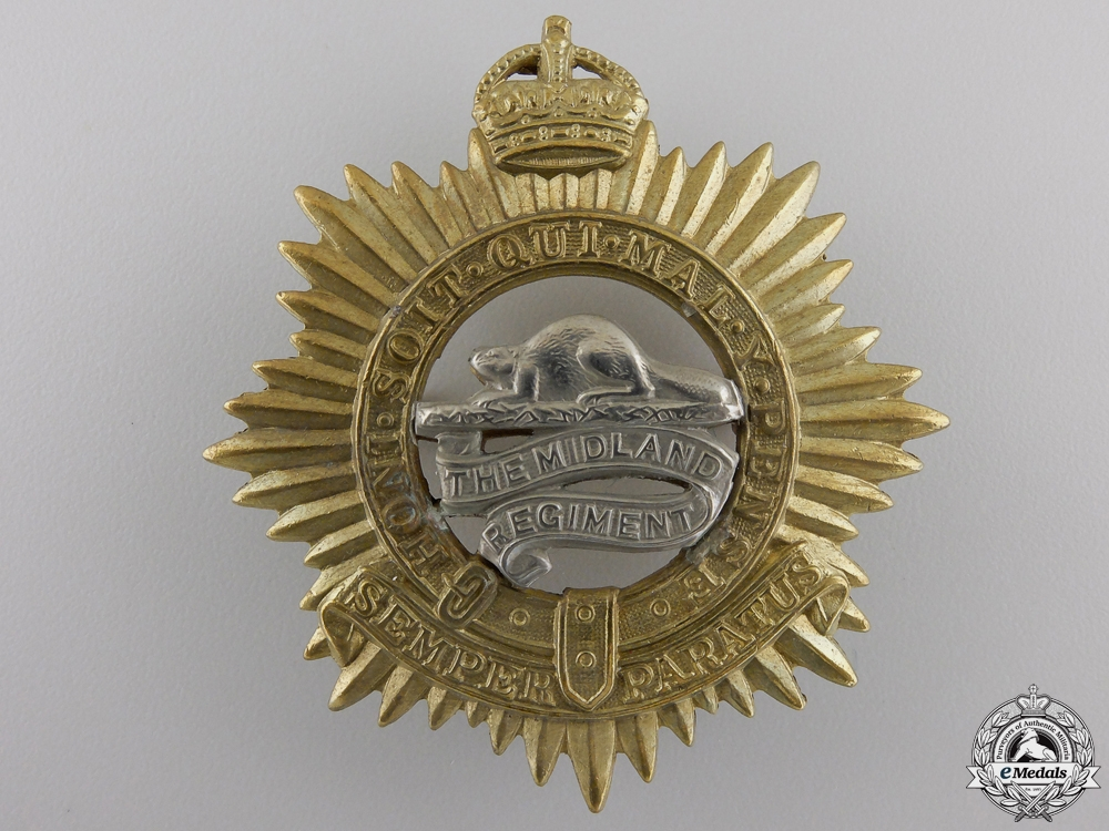 eMedals-A Second War Midland Regiment Cap Badge