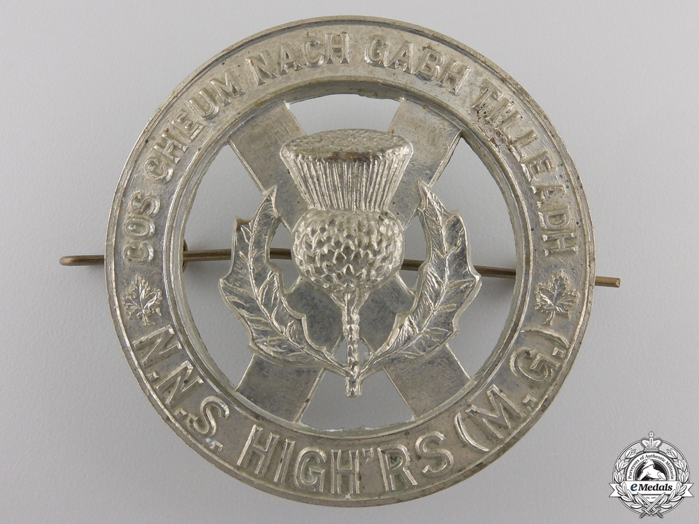 eMedals-A Second War North Nova Scotia Highlanders Glengarry Badge