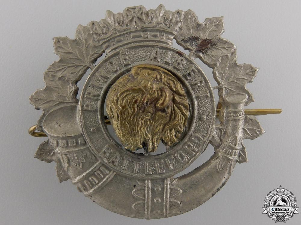 eMedals-A Second War Prince Albert and Battleford Volunteers Cap Badge