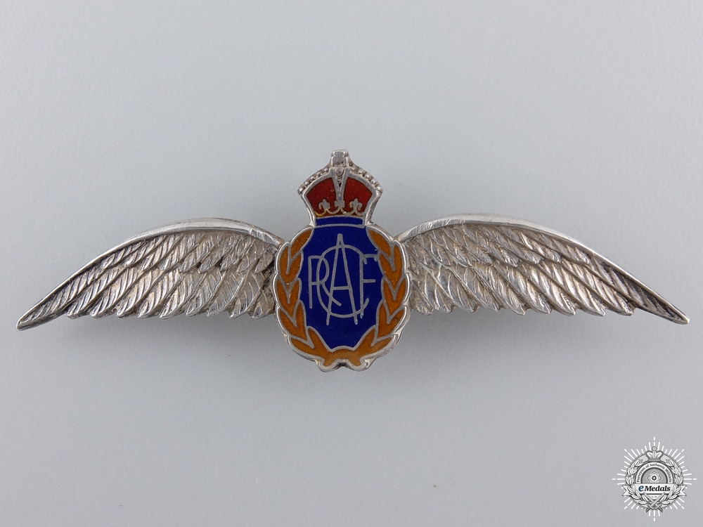 eMedals-A Second War RCAF Sweetheart Pin by Birks