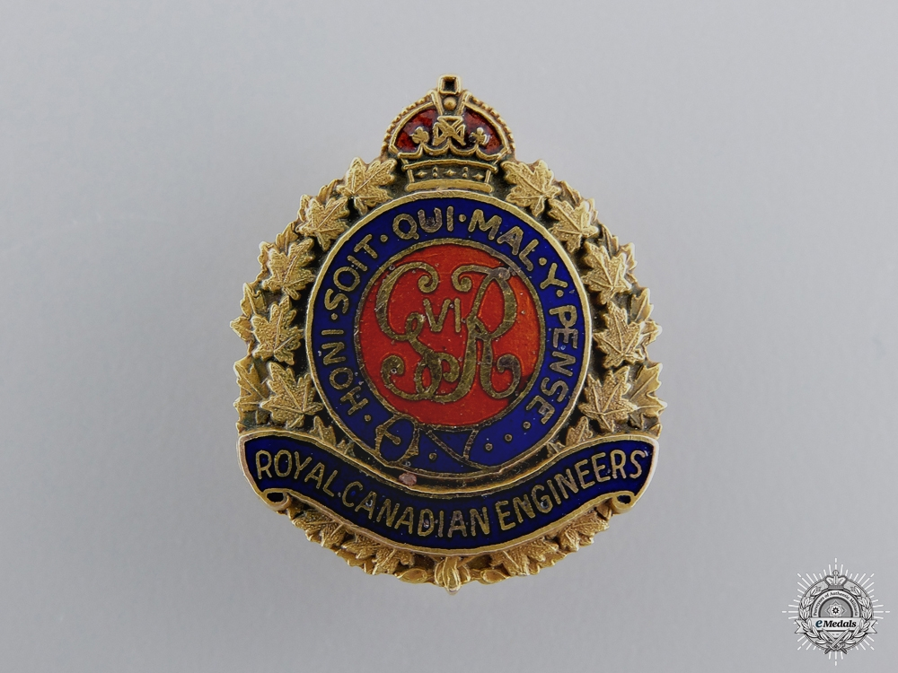eMedals-A Second War Royal Canadian Engineers Pin in Gold  consignment #26