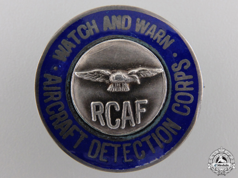 eMedals-A Second War Royal Canadian Air Force Aircraft Detection Corps Badge