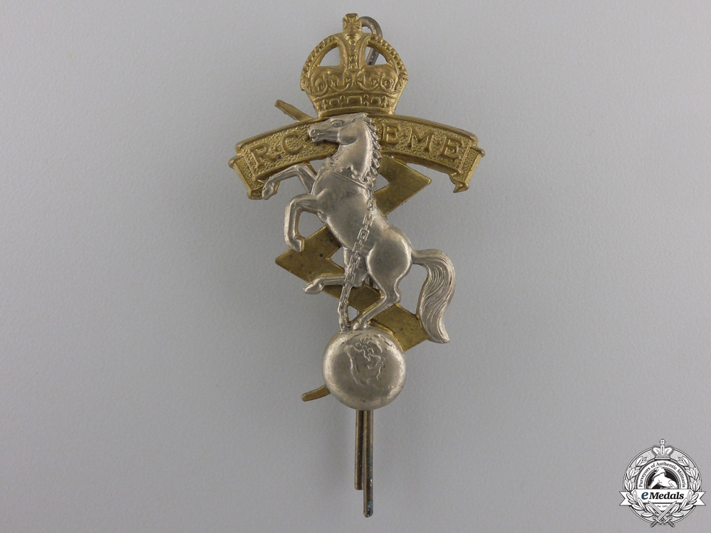 eMedals-A Second War Royal Canadian Electrical and Mechanical Engineers Officer's Cap Badge